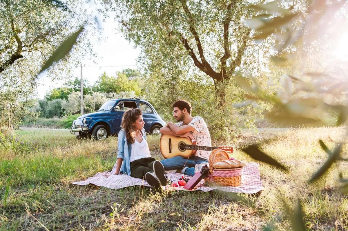 Experiencia romántica de lujo entre los olivo