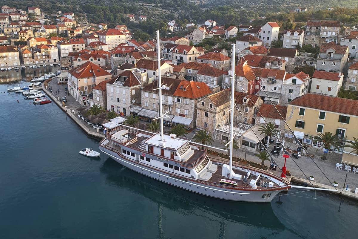 Goletas de lujo en Croacia - Corsario