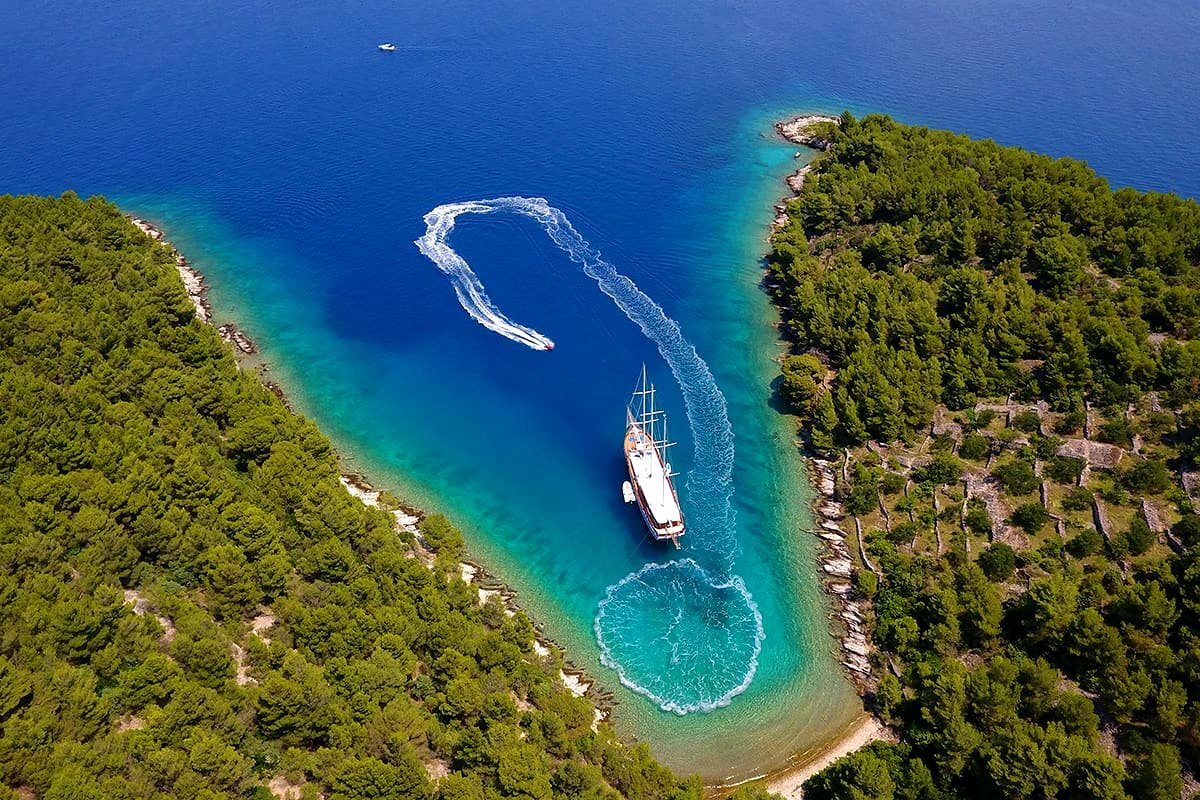 alquiler goletas en croacia